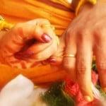 పాక్ అరాచకాలు: ఆర్తనాదాలు చేస్తున్నా.. హిందువుల బస్తీని నేలమట్టం చేశారు